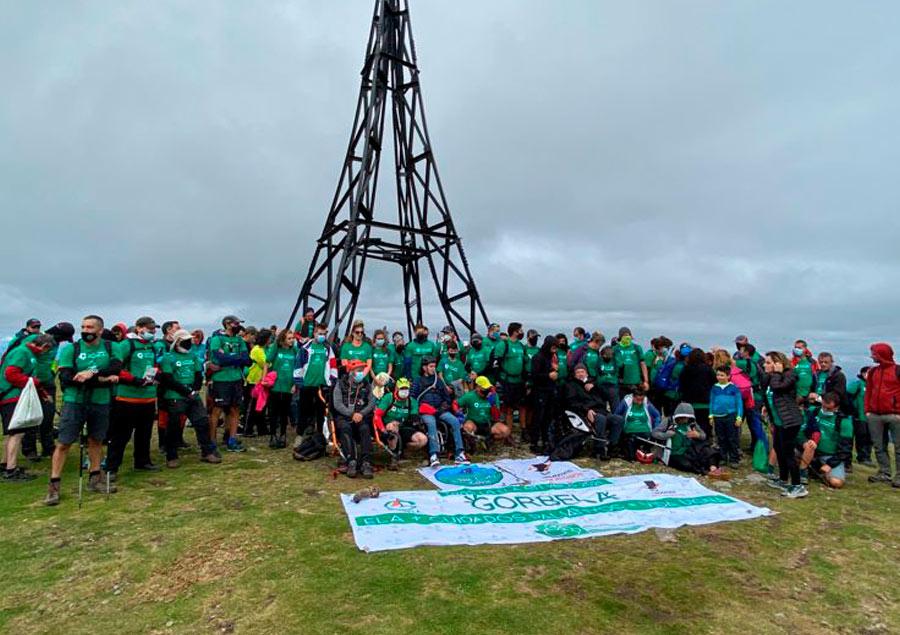 """Celebrado el """"GorbELA 2021"""", la ascensión solidaria a la cumbre del Gorbea."""